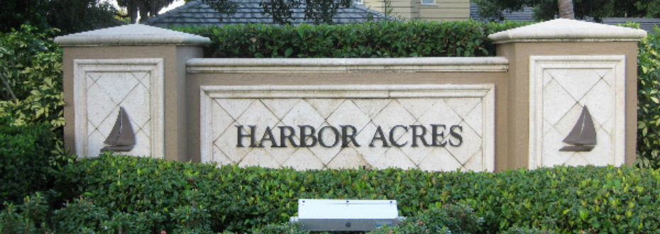 Entrance to Harbor Acres